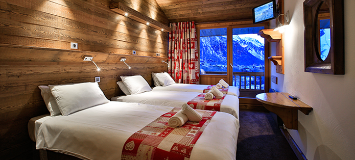 the lodge val d'isere triple bedroom