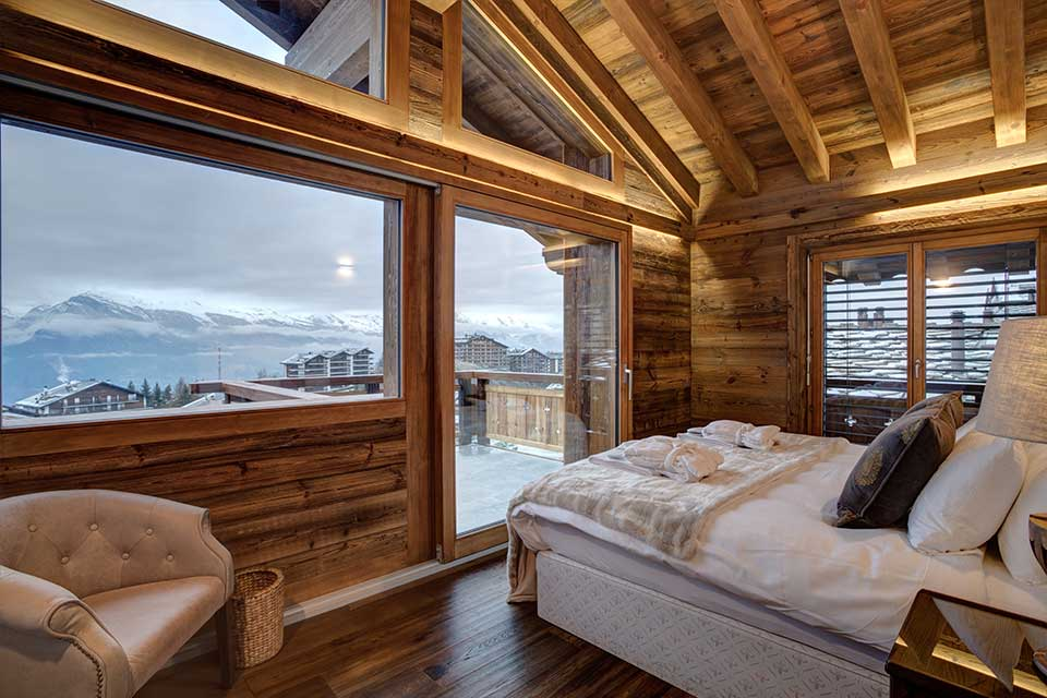 Chalet-Altair,-Nendaz - A chalet with a view over the Rhone Valley from the upsstairs picture window