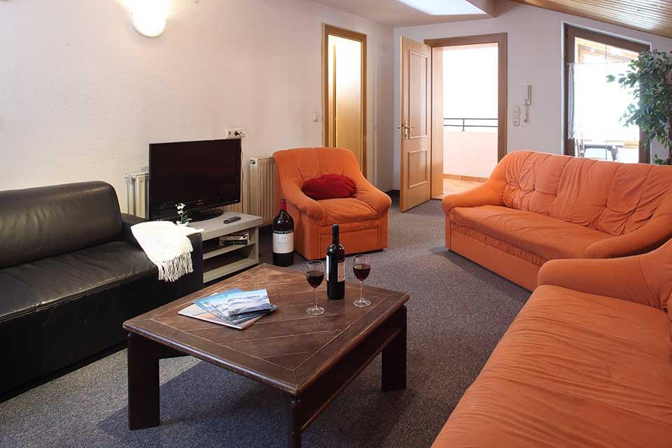Chalet Stoanerhof, Mayerhofen - Living area