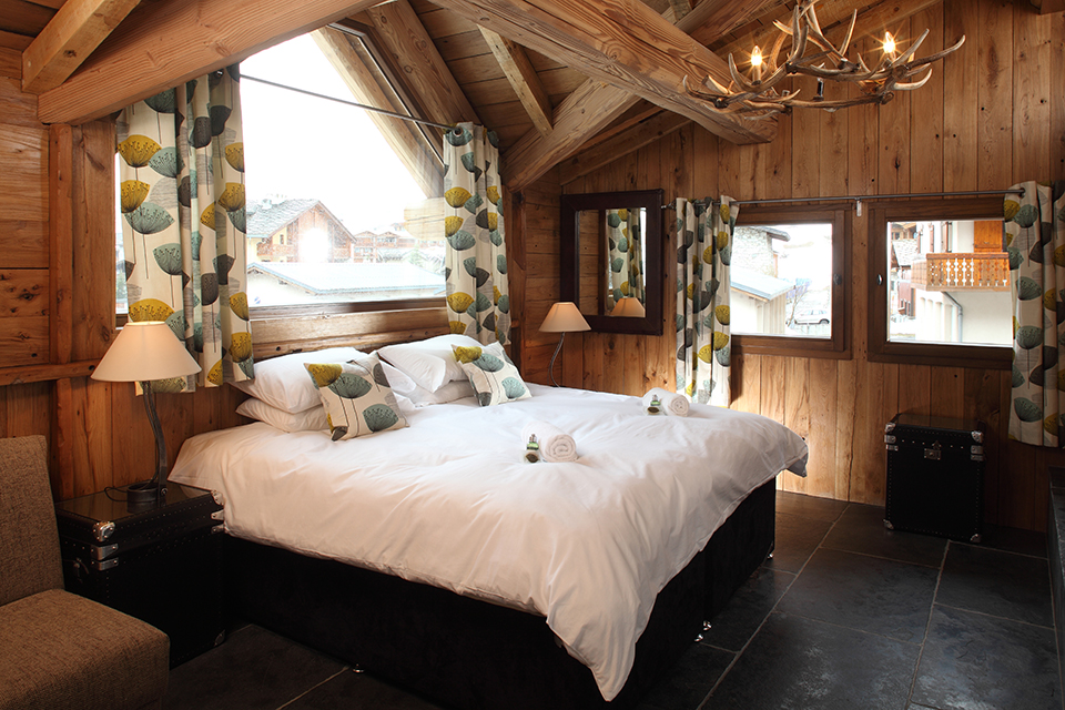 Luxurious interiors at Chalet Madeleine, Val d'Isere