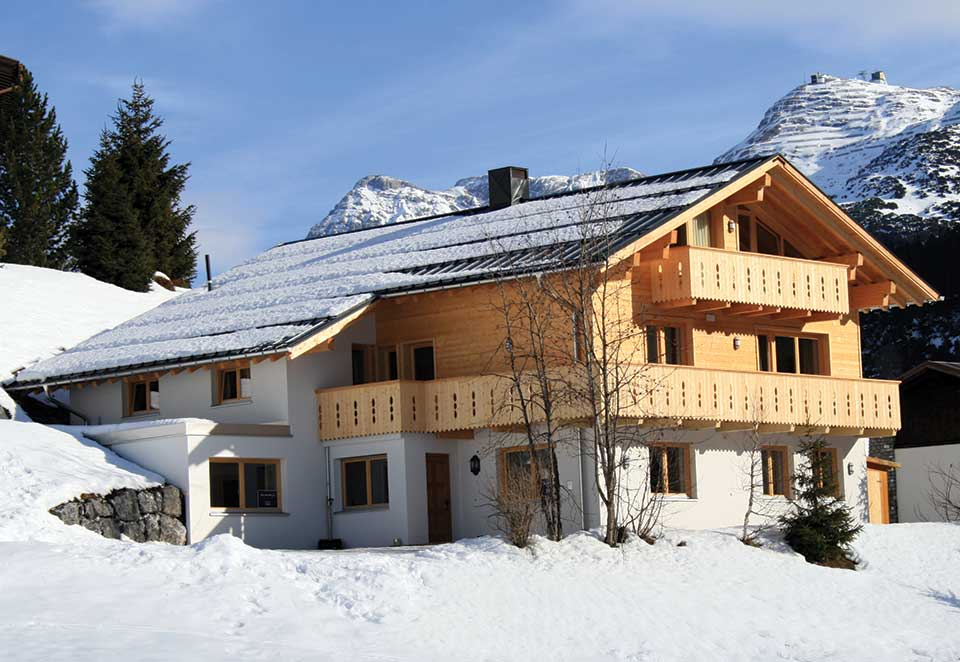 Chalet Alpenland, Lech - A chalet with a view of snowy wilderness in the Zug Valley
