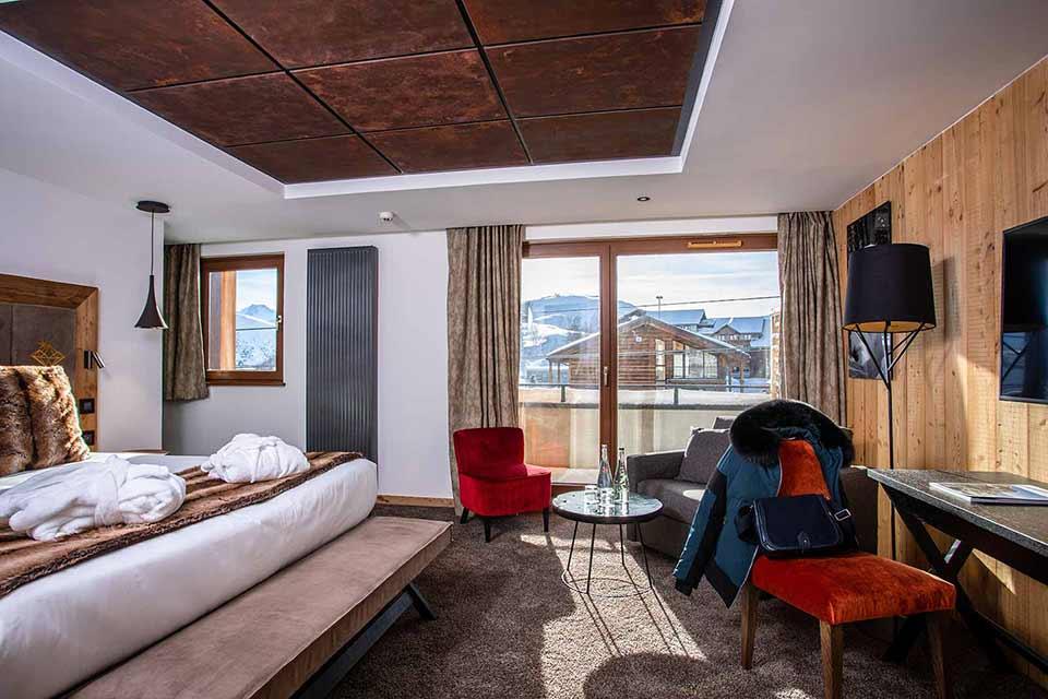 Daria-I Nor Hotel