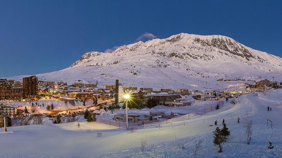 alpedhuez-resort