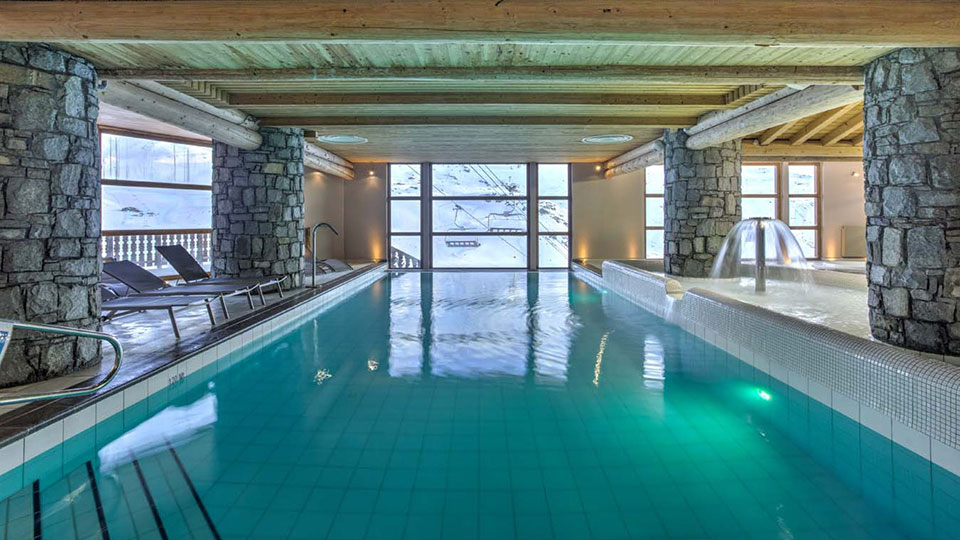 Swimming pool avilable for use to guests of Chalet Clementine, Val Thorens - Skiworld