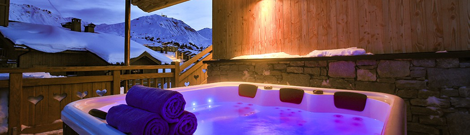 hot tub at Chalet Campanula, La Plagne