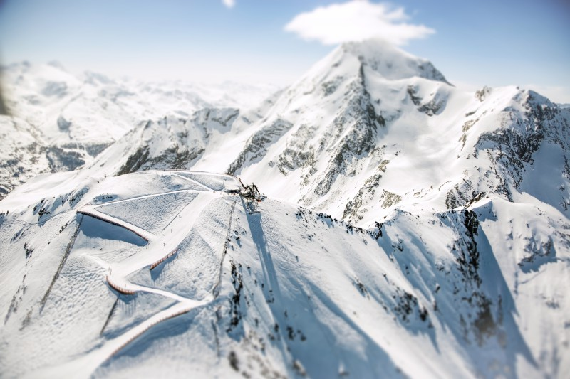 les arcs ski holidays catered ski chalets skiworld