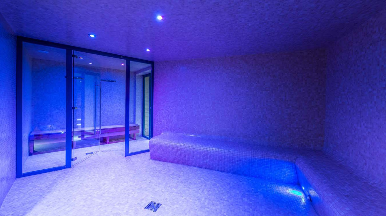 Chalet Aries, Val Thorens, France, shared Hammam in Val 2400 building