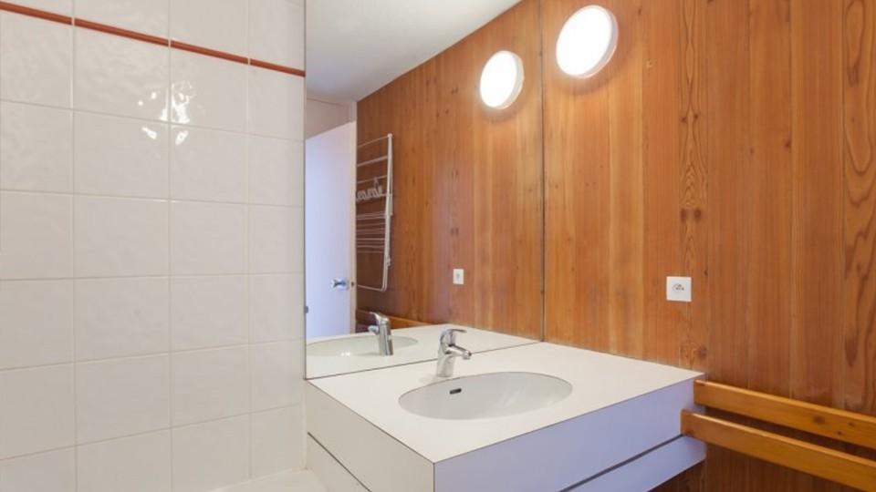 Bathroom, Residence Bellecote, La Plagne, France
