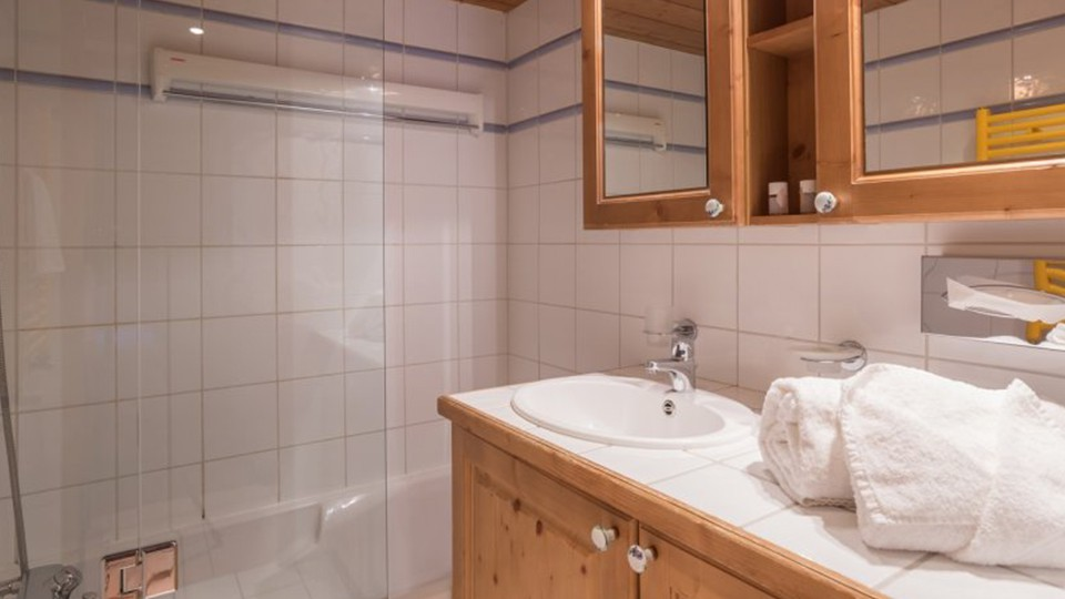 Bathroom, Residence La Ginabelle, Chamonix, France