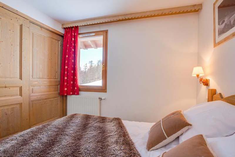Bedroom, Residence Le Sun Valley - Self-Catered Ski Apartments in La Plagne, France