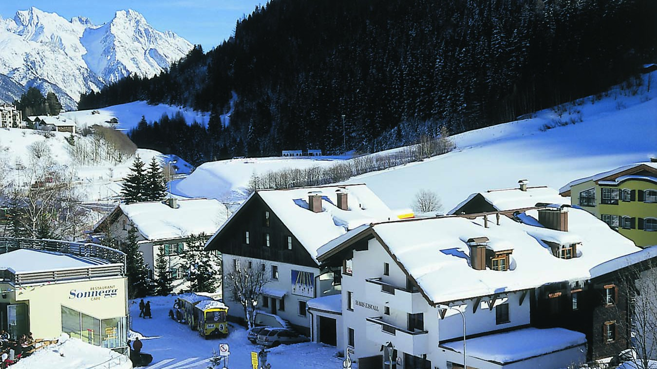 Chalet Eisfall ext, St Anton