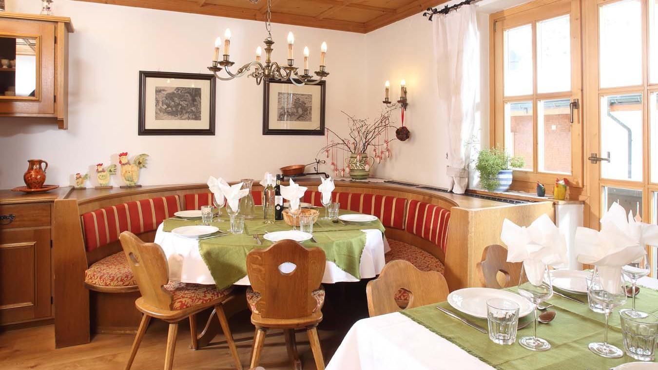 Chalet Furka, Ski Chalet in Lech, Dining Room