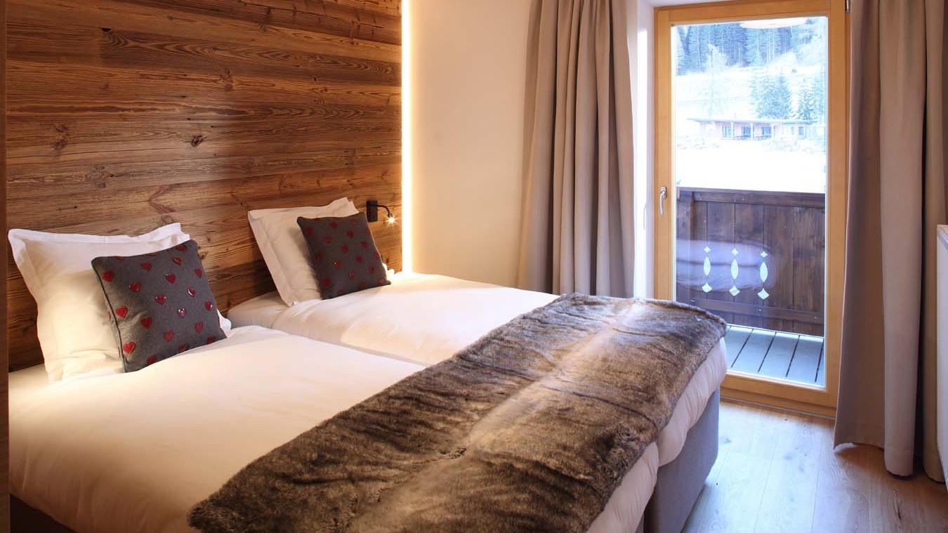 Bedroom in Chalet Galzig - Ski Chalet in St Anton, Austria