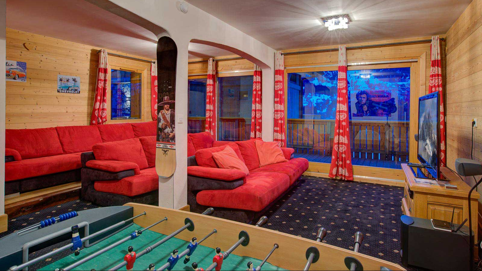 Chalet Laetitia, Meribel - Games Room