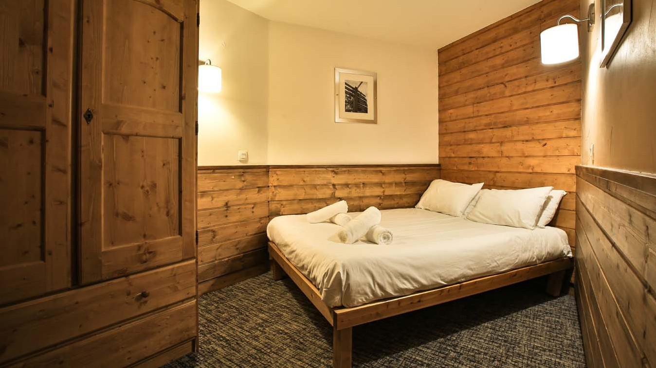 Chalet Leo, Val Thorens, France, Bedroom