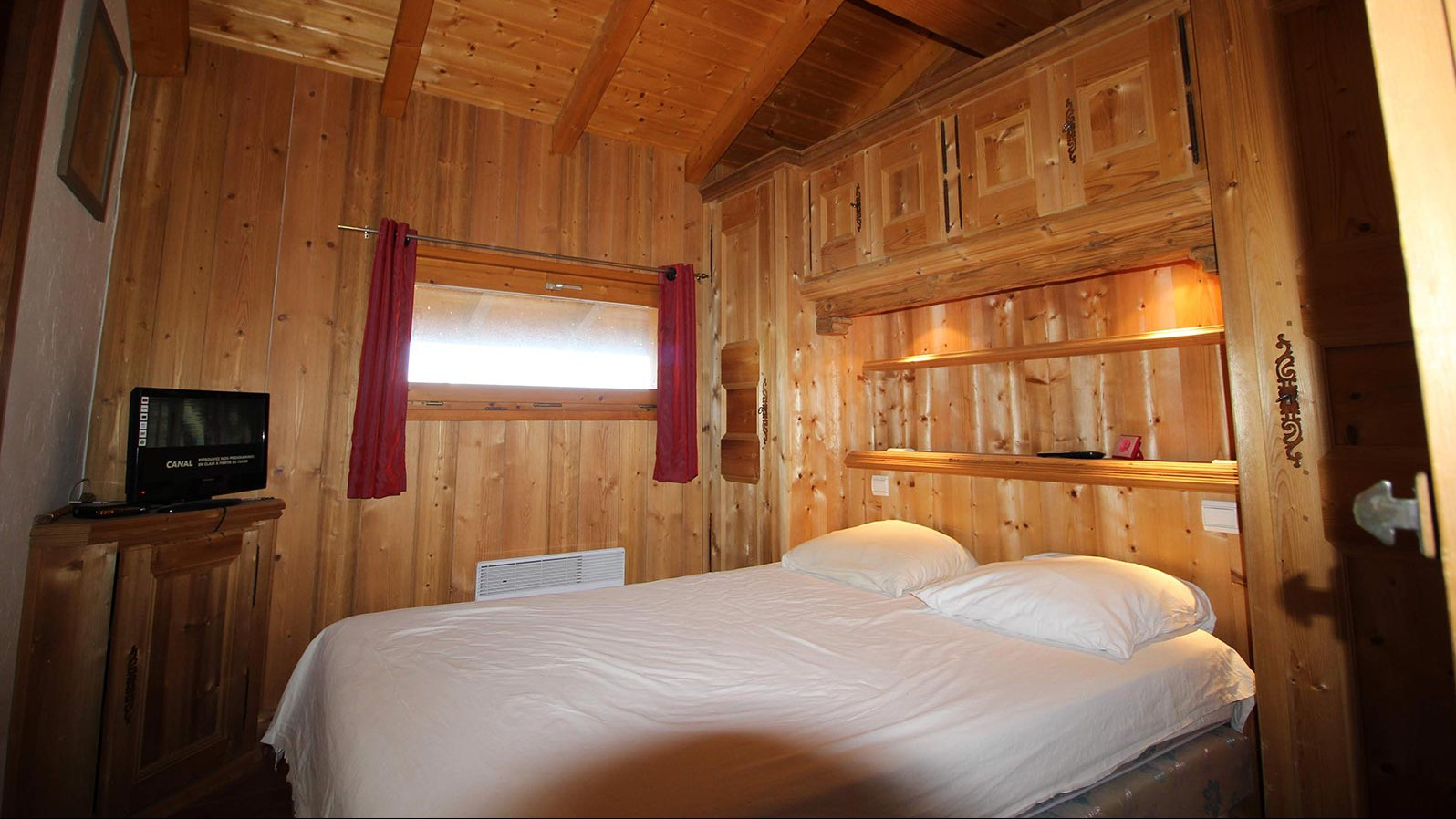 Chalet Simone, Meribel - Lounge - Room