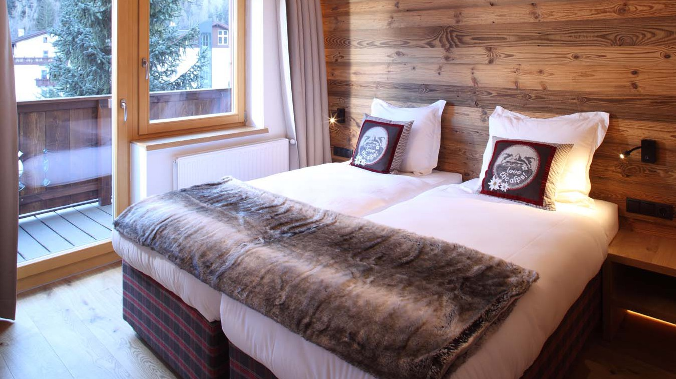 Bedroom in Chalet Valluga - Ski Chalet in St Anton, Austria