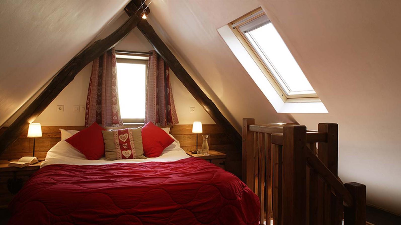 Chalet Chamois Volant bedroom, Les Deux Alpes