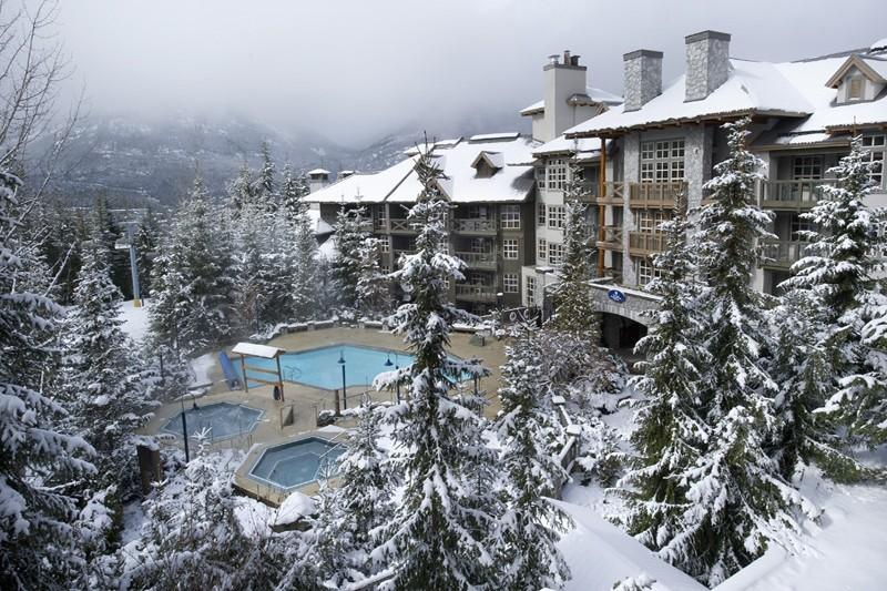 Exterior, Coast Blackcomb Suites - Ski Hotel in Whistler, Canada