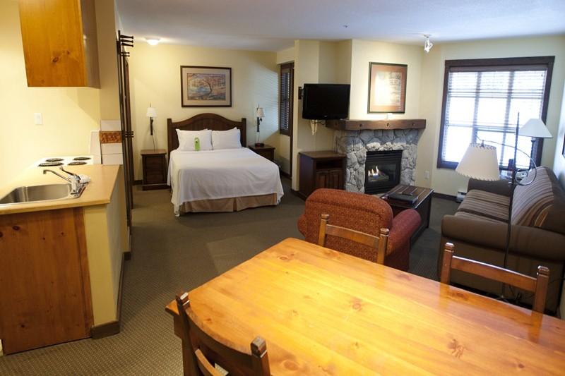Hotel & Condo Coast Blackcomb Suite, studio, Whistler