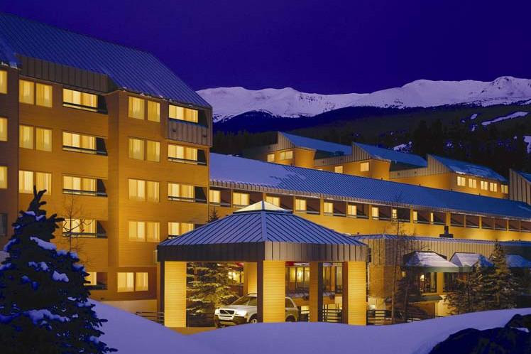 Exterior - DoubleTree by Hilton - Ski Hotel in Breckenridge, USA