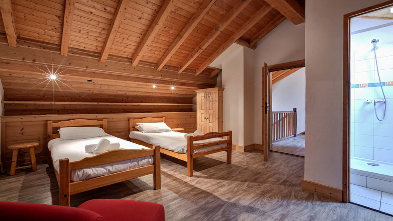Twin Bedroom, Chalet Elodie - ski chalet in Meribel, France
