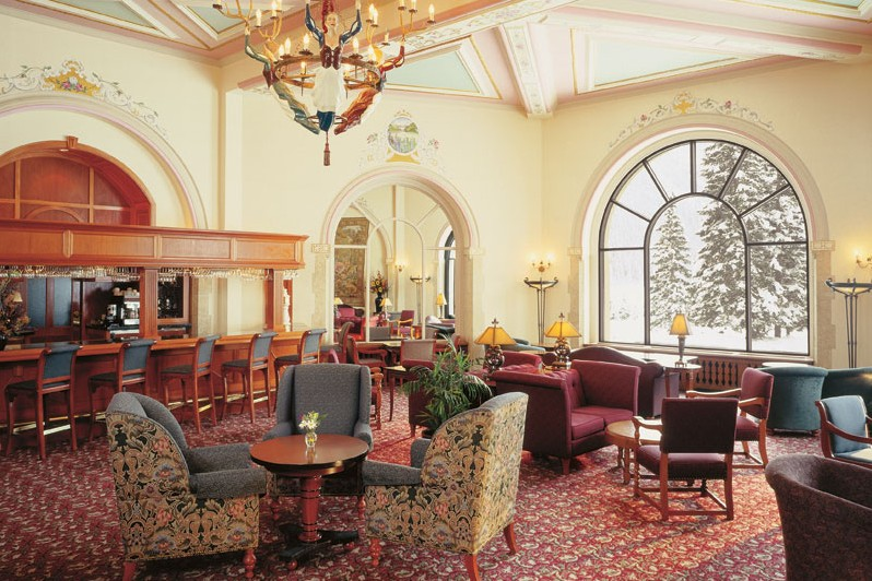 Fairmont Chateau, dining, Lake Louise