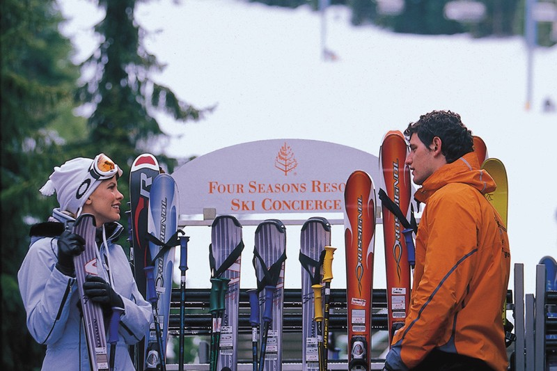 Hotel The Four Seasons Resort Whistler and Residents, skiers, Whistler