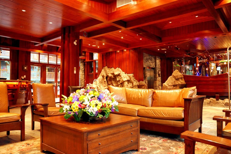 Fox Hotel & Suites, lobby, Banff & Lake Louise