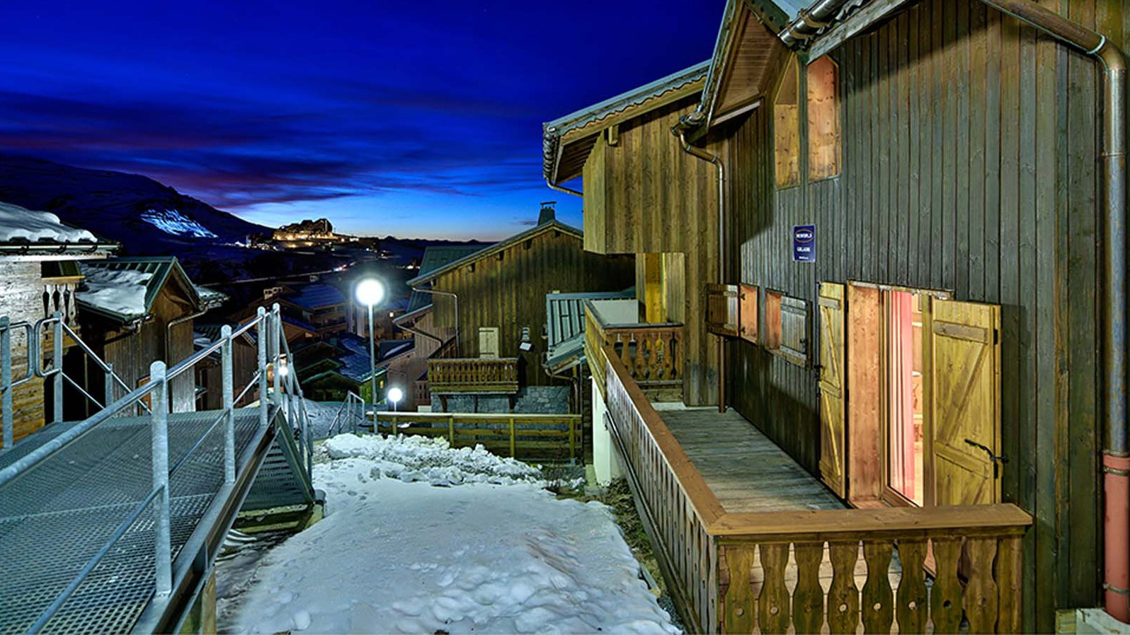 Exterior night - Chalet Guillaume - Ski Chalet in La Plagne, France