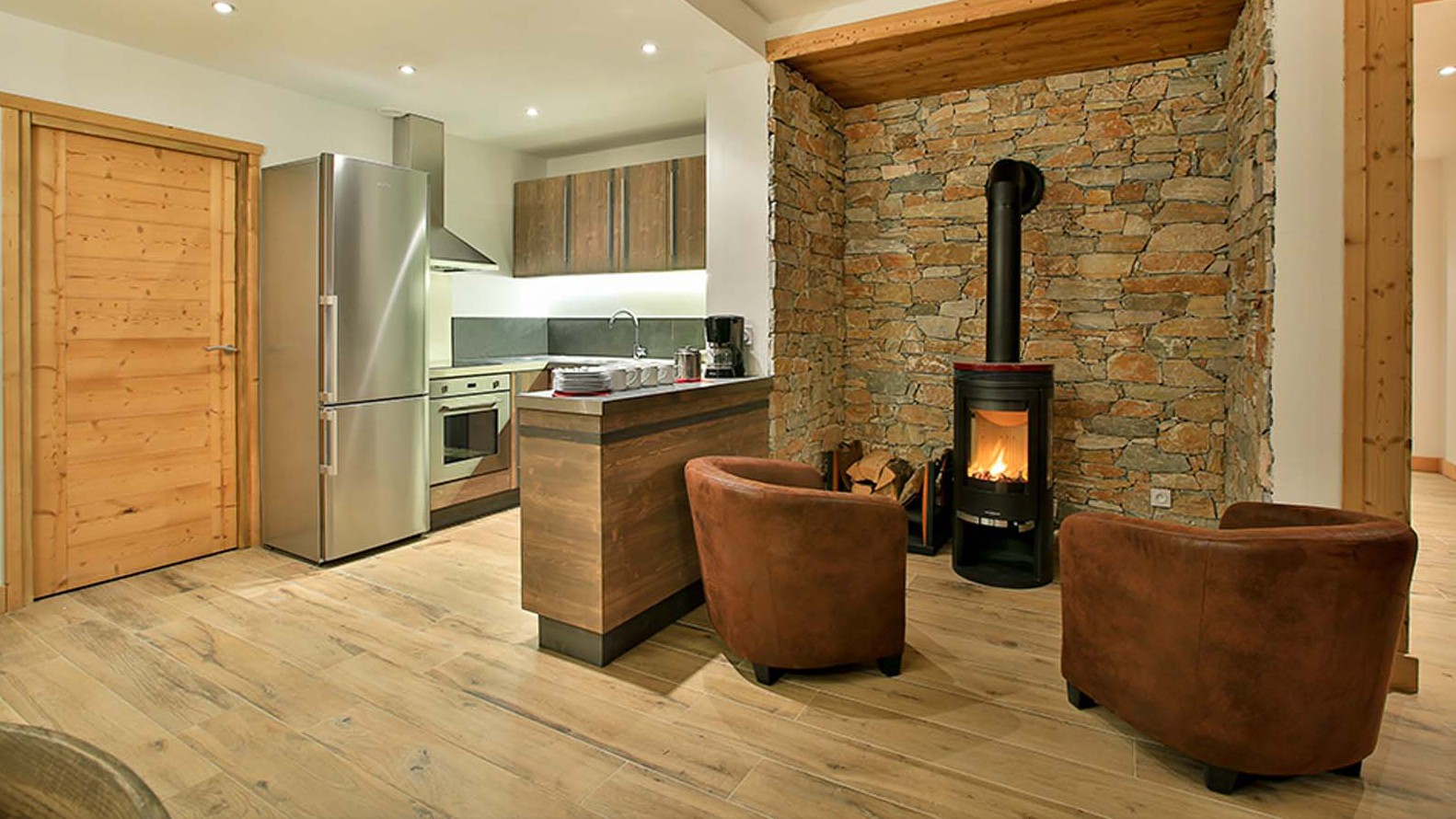 Kitchen Area - Chalet Hellebore - Ski Chalet in La Plagne, France