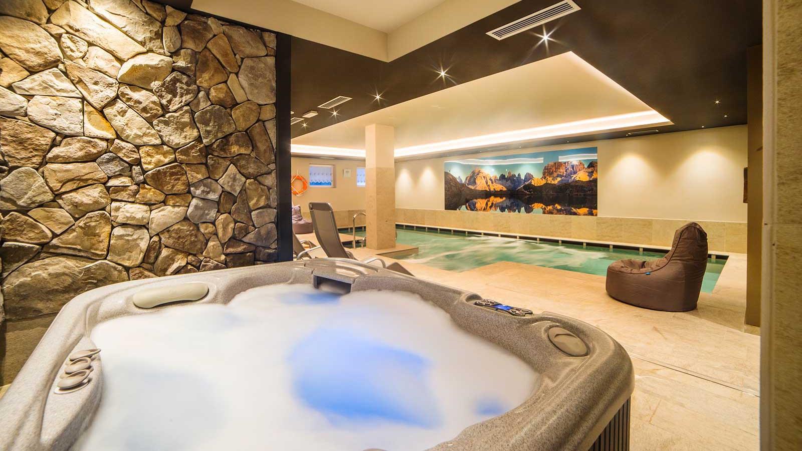Hot Tub - Hotel Cime d'Oro, Madonna di Campiglio