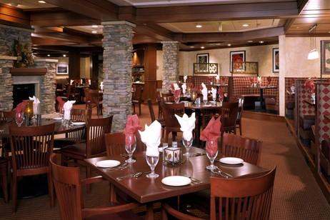 Hotel Condo Beaver Run dining area, Breckenridge