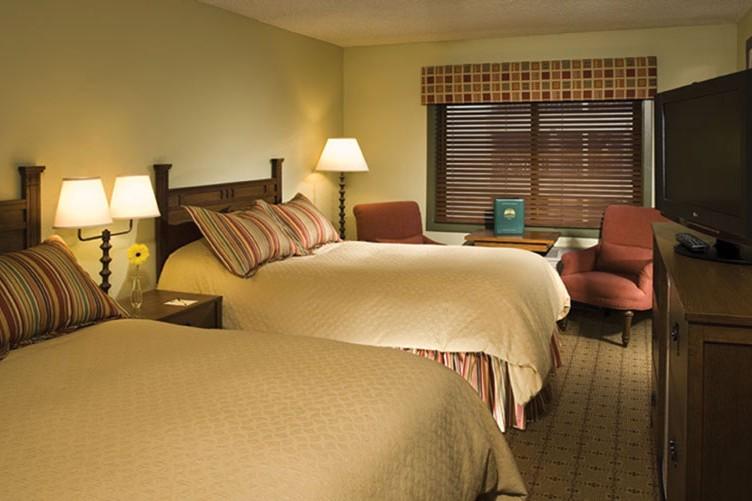 Hotel Condo The Village at Breckenridge bed, Breckenridge