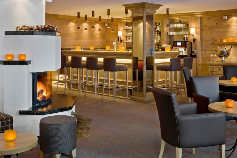 Hotel Holiday, bar, Zermatt, Switzerland