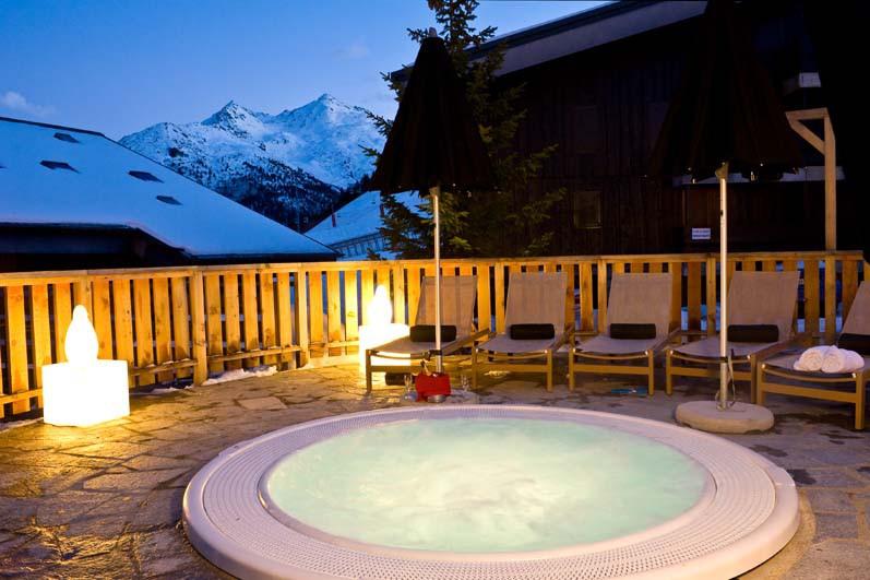 hotel le mottaret meribel france skiworld. Black Bedroom Furniture Sets. Home Design Ideas