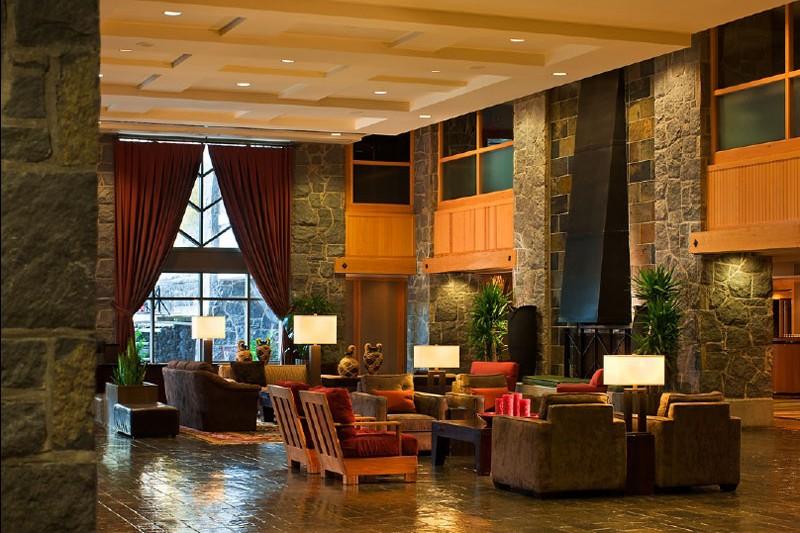 Hotel Westin Resort and Spa, lobby, Whistler
