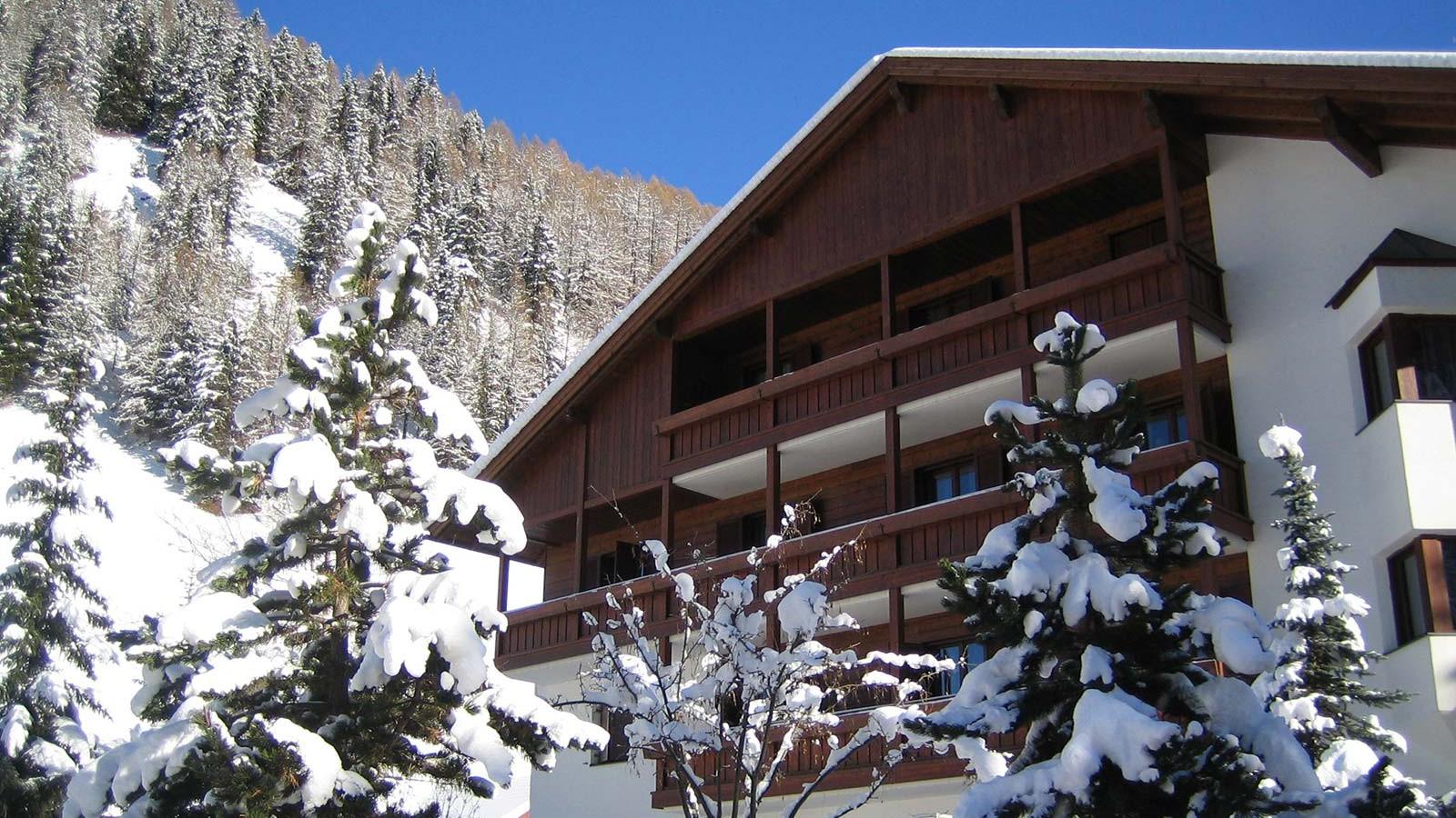 Hotel Alpin Haus, Selva Val Gardena - External View