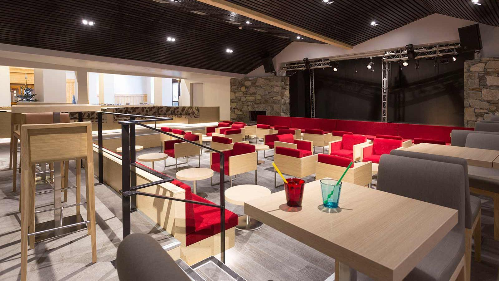 Hotel Club Les Arolles, ValThorens - Dining