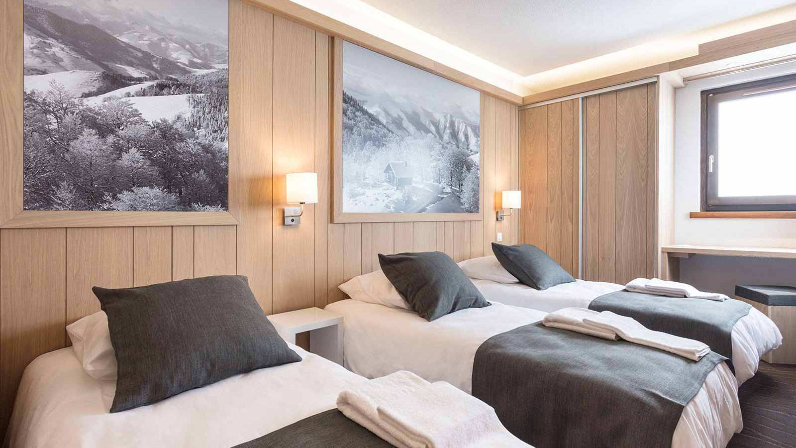 Hotel Club Les Arolles, ValThorens - Twin