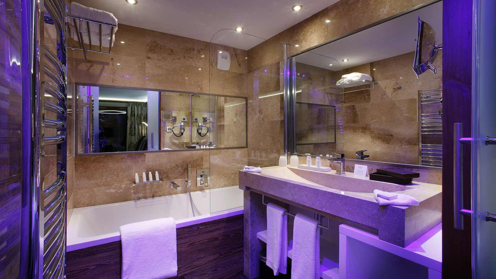 Hotel Koh-I Nor, Val Thorens - Duo room 26m2 bathroom