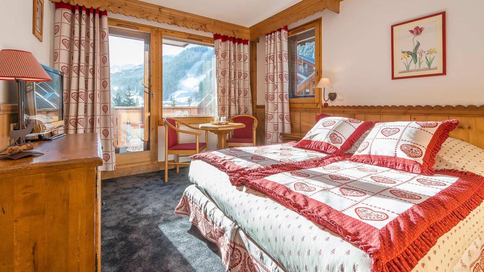 Hotel L'Eterlou, Meribel - Rooms