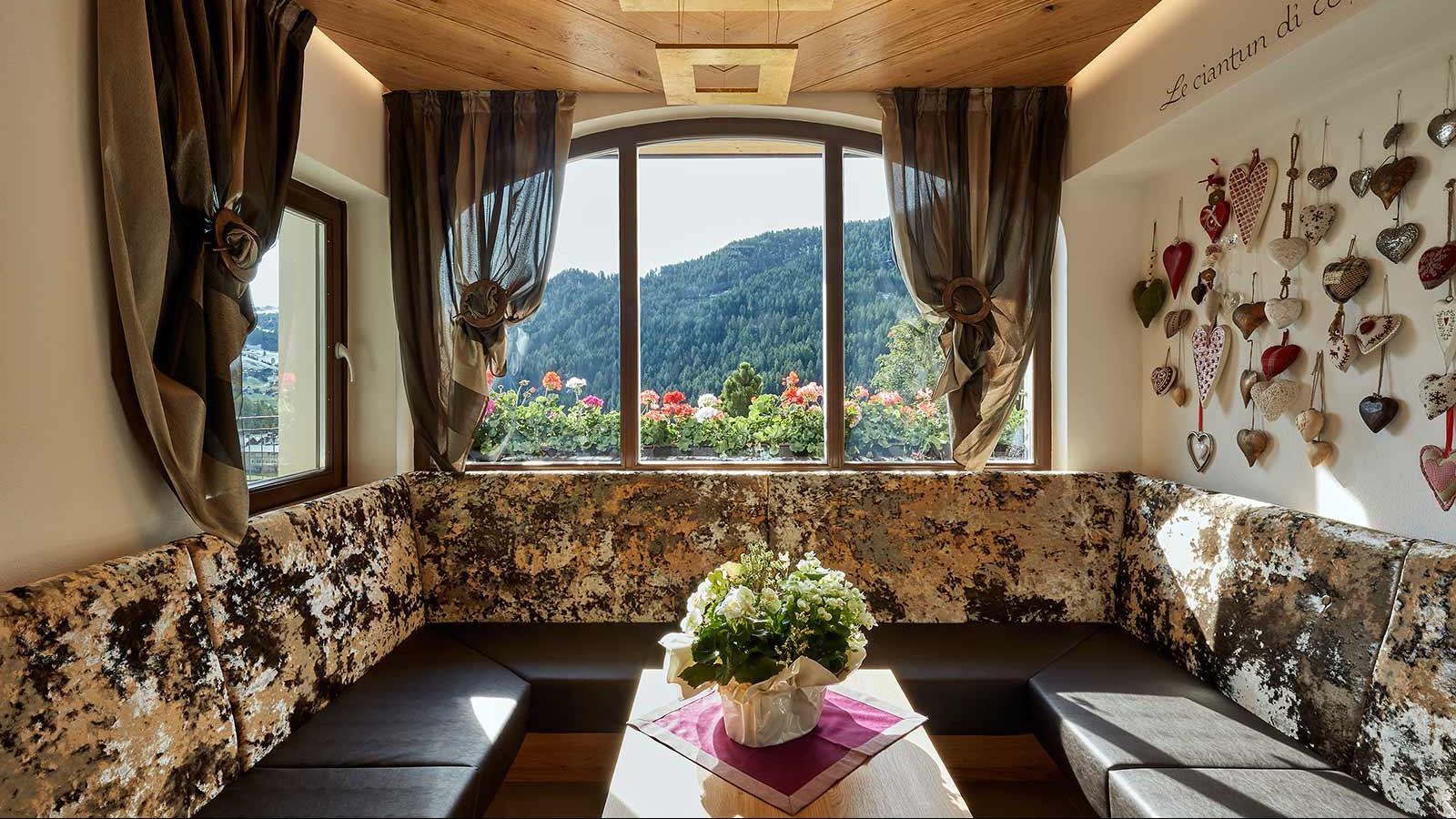 Hotel Mezdi, Corvara and Colfosco - Views from inside
