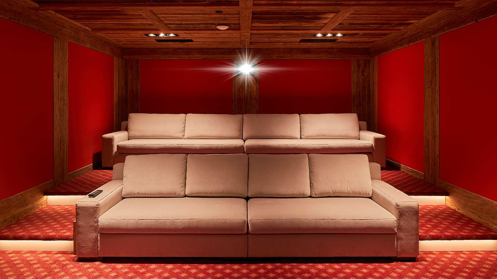 Hotel Sassongher, Corvara and Colfosco - Cinema Room