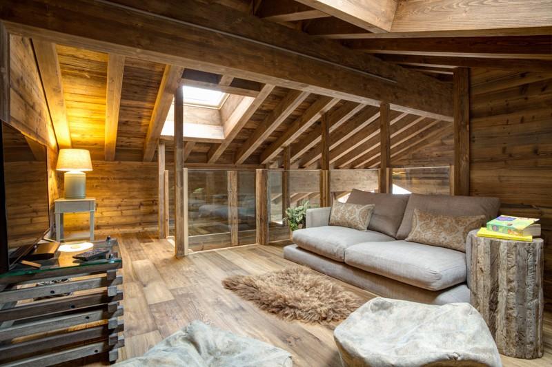Chalet altair nendaz switzerland skiworld for Chalet flooring