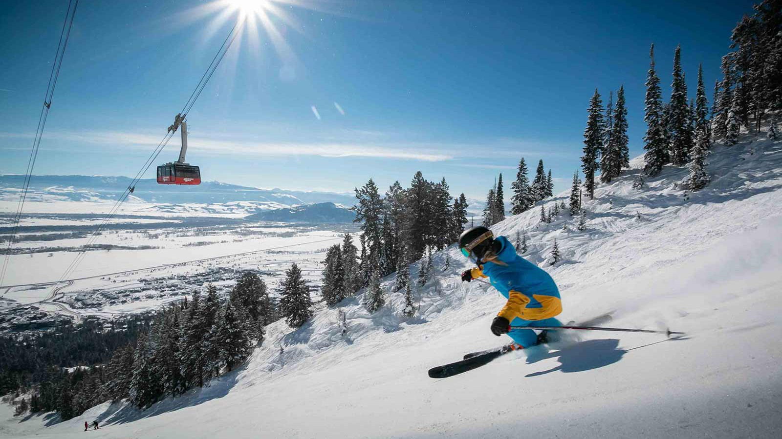 Jackson Hole Ski Resort, USA - Skiing, gondola and the sun