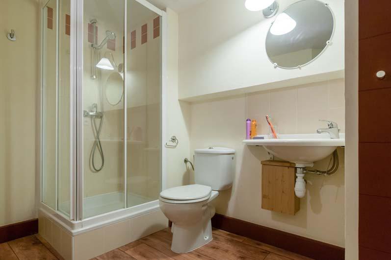 Le Belmont, Les Arcs, Bathroom