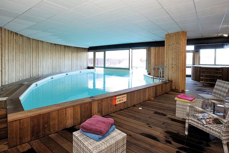 Residence Le Roc Belle Face pool, Les Arcs