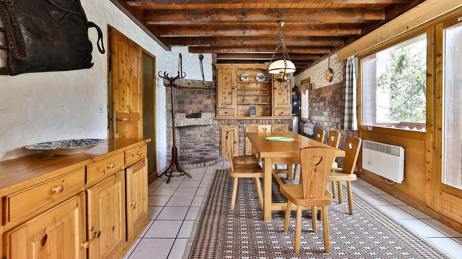 Dining Table, Chalet Leopold, Meribel, France