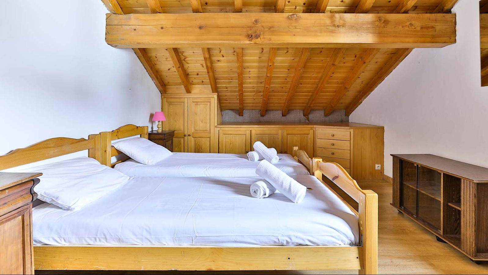 Twin Room,  Chalet Leopold, Meribel, France